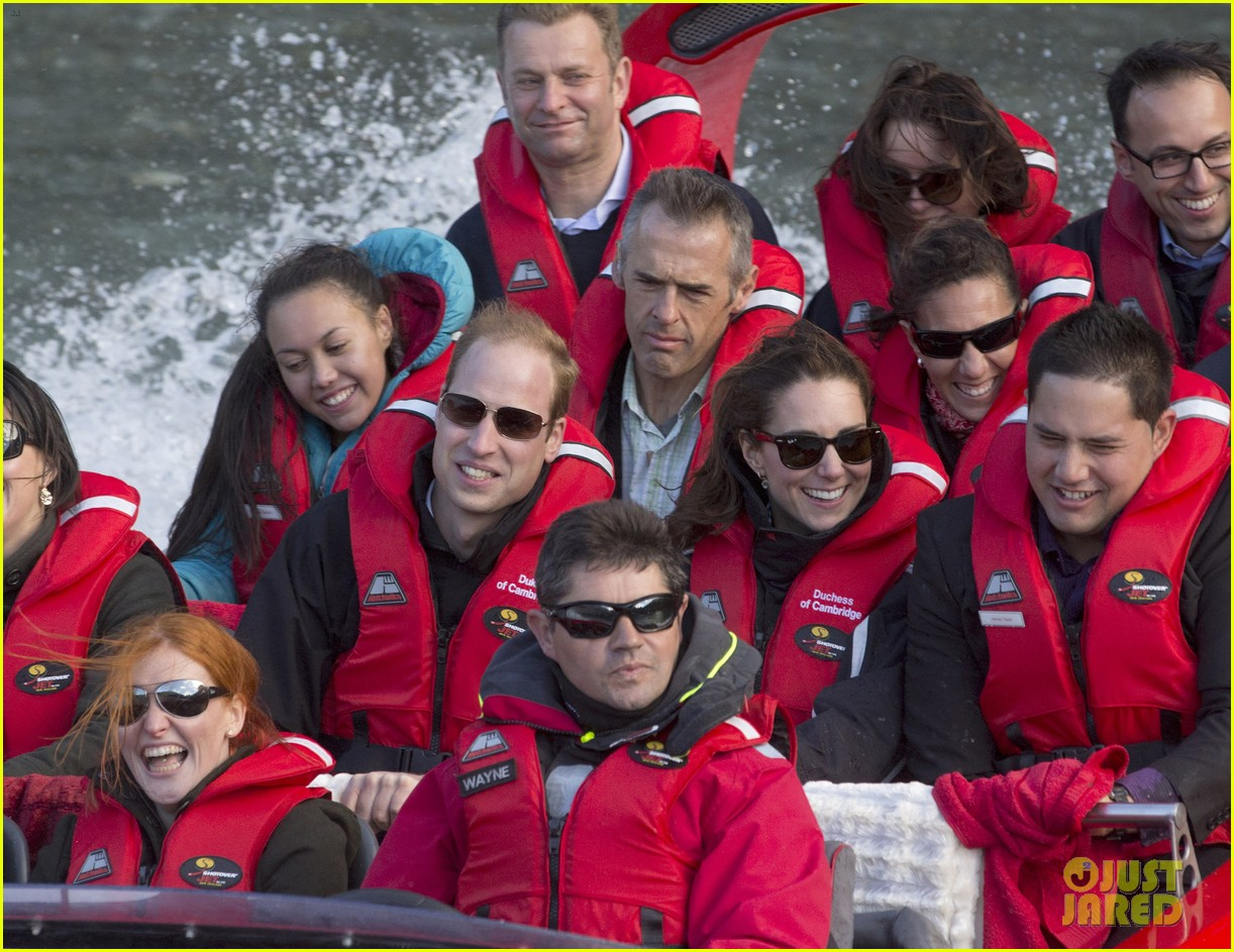 kate middleton prince william speed boat ride 21