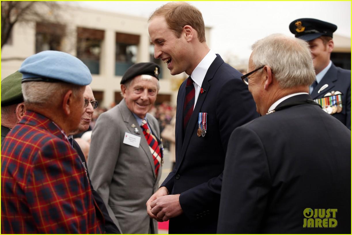 kate middleton prince william war memorial ceremony 08