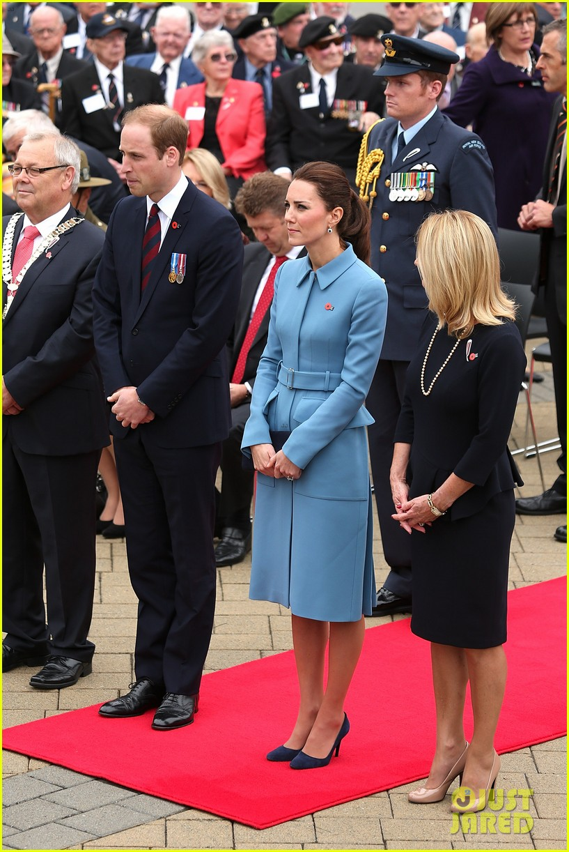 kate middleton prince william war memorial ceremony 16