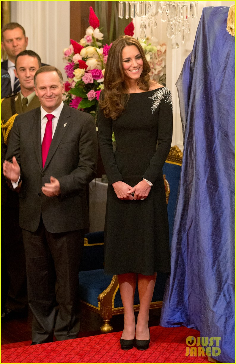 kate middleton prince william send thanks to new zealand for welcoming them bonny lad 11
