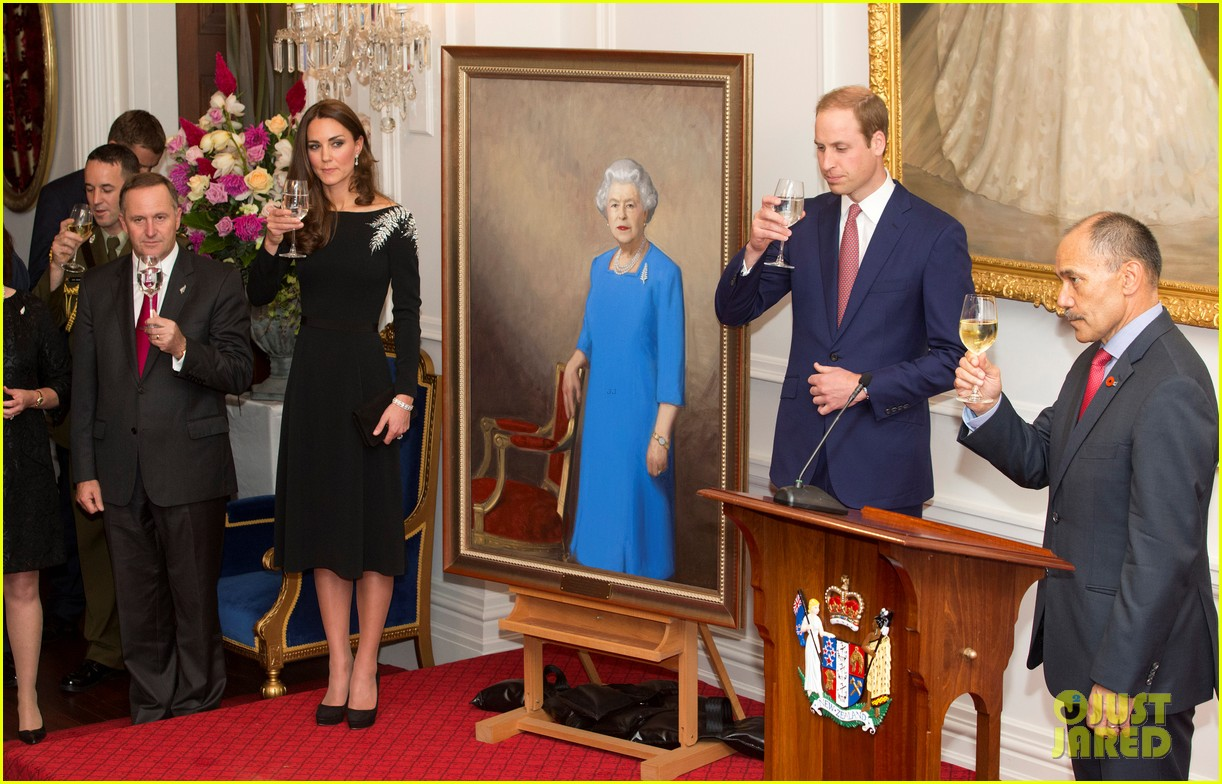 kate middleton prince william send thanks to new zealand for welcoming them bonny lad 13