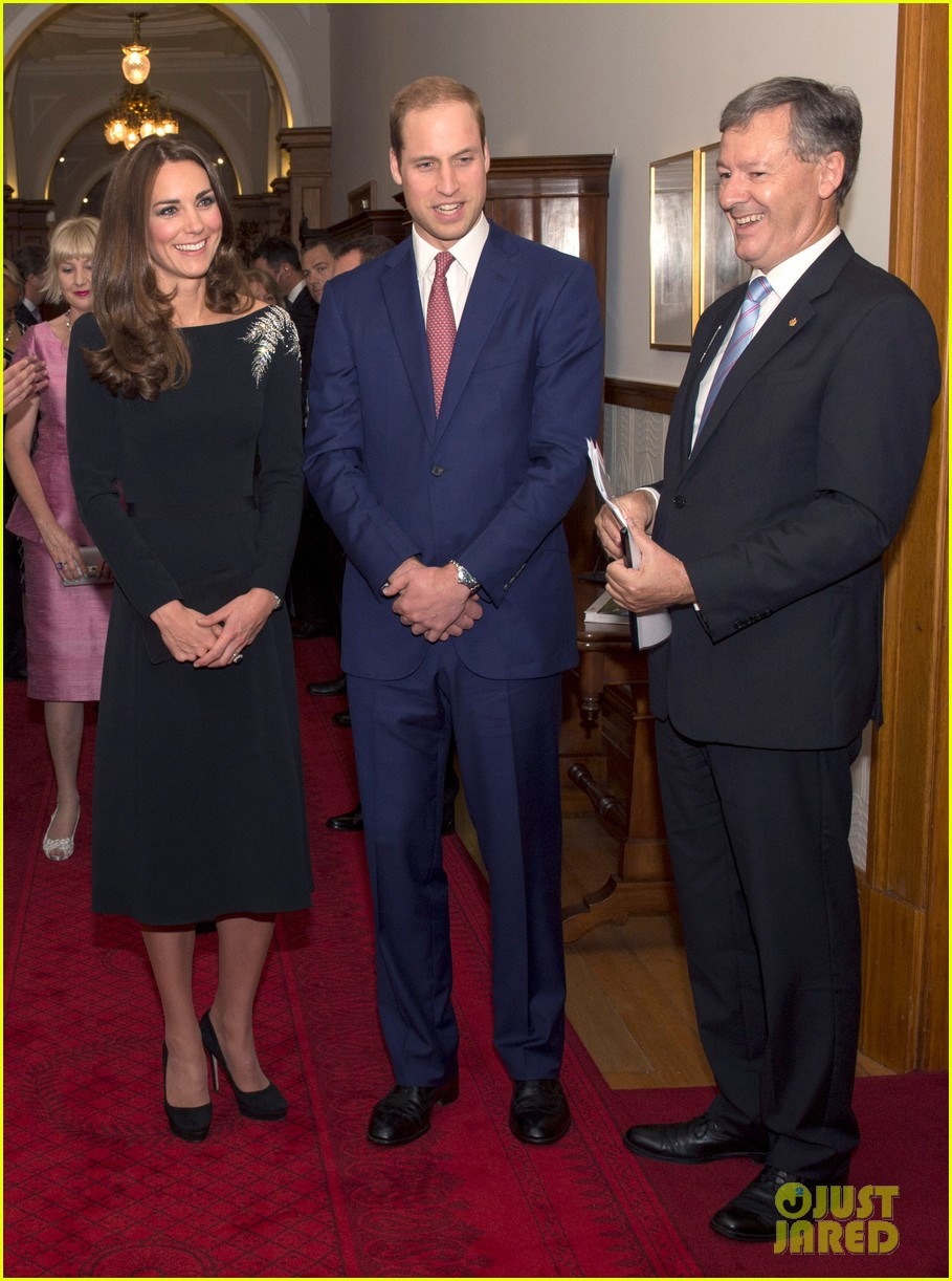 kate middleton prince william send thanks to new zealand for welcoming them bonny lad 163088311