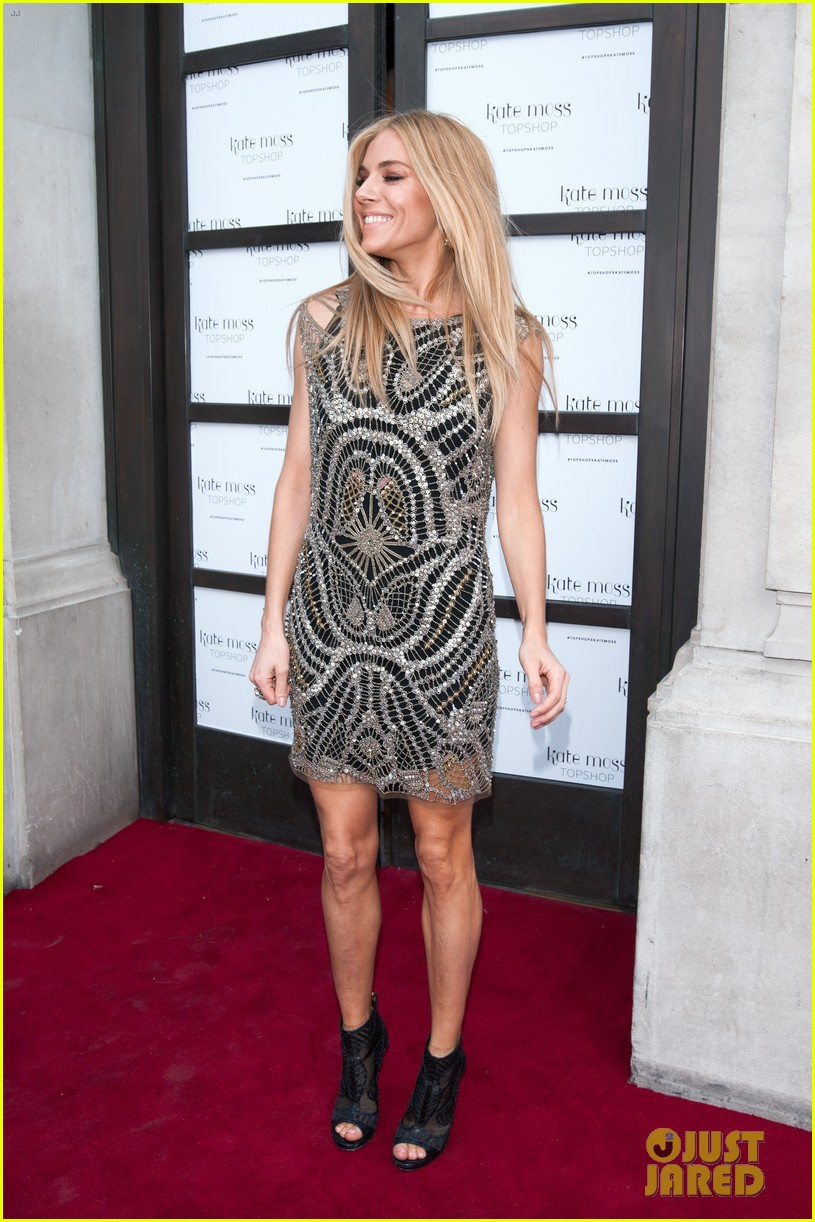 sienna miller celebrates kate moss with hot british models 16