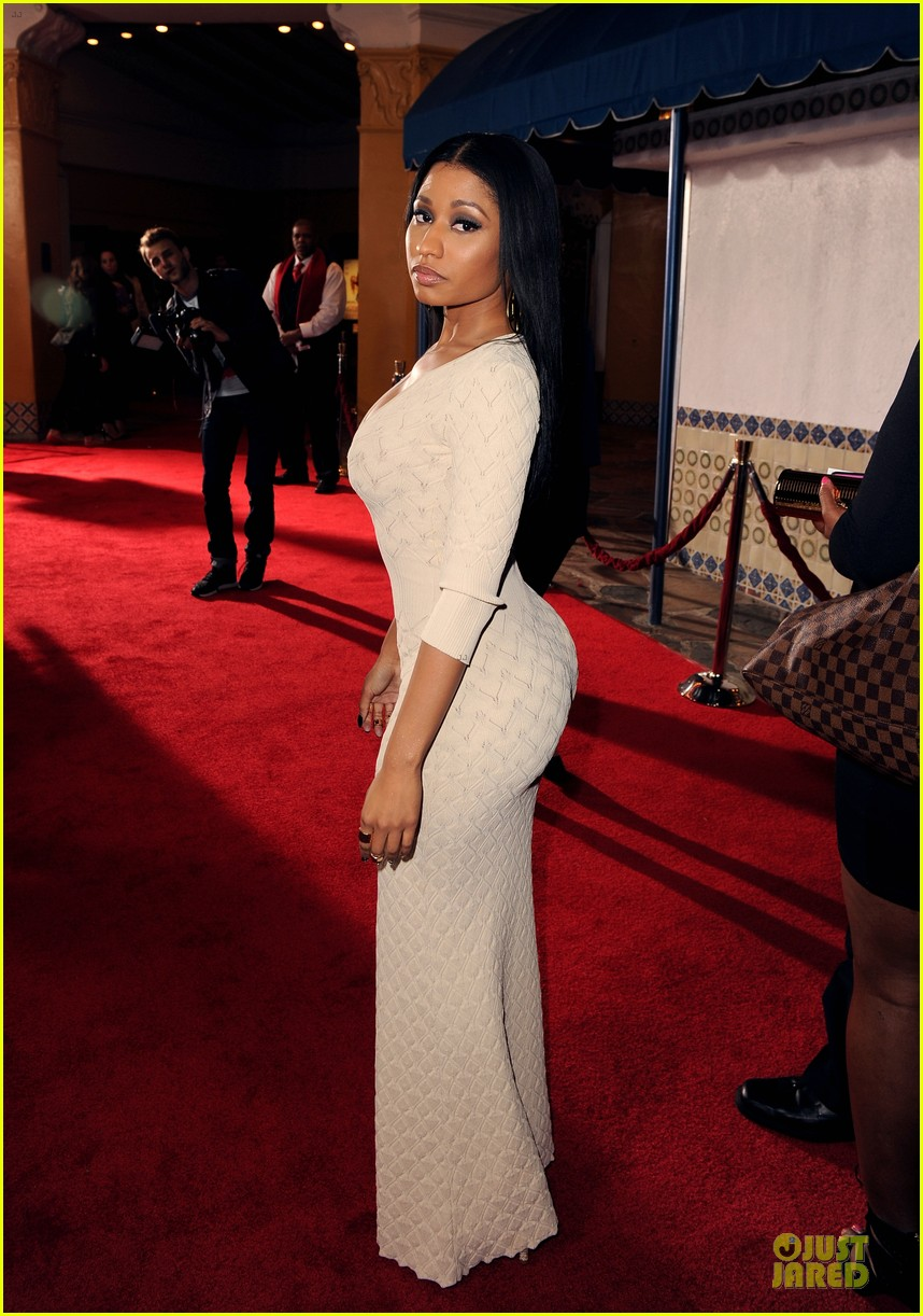 nicky minaj bootylicious at the other woman premiere 01