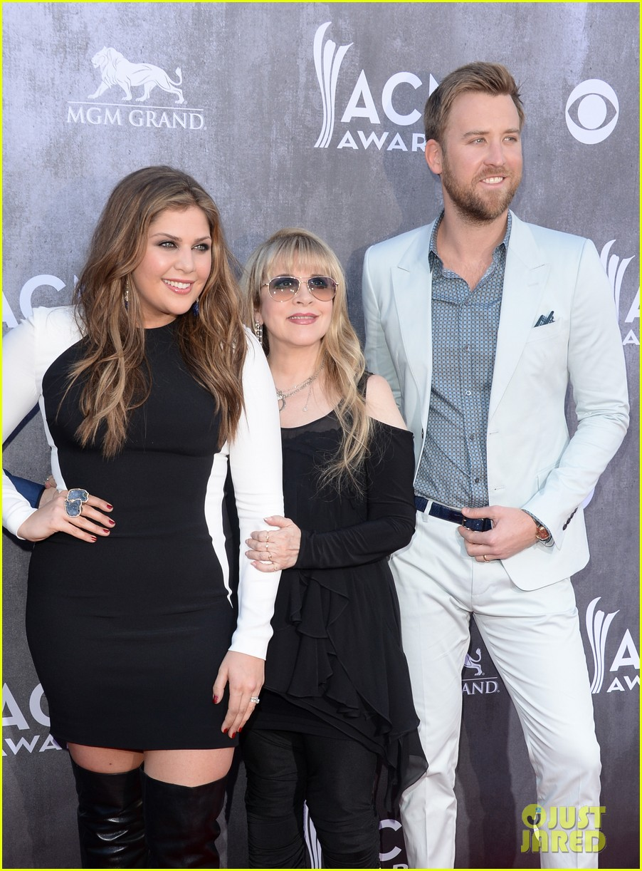 stevie nicks lady antebellum acm awards 2014 red carpet 04