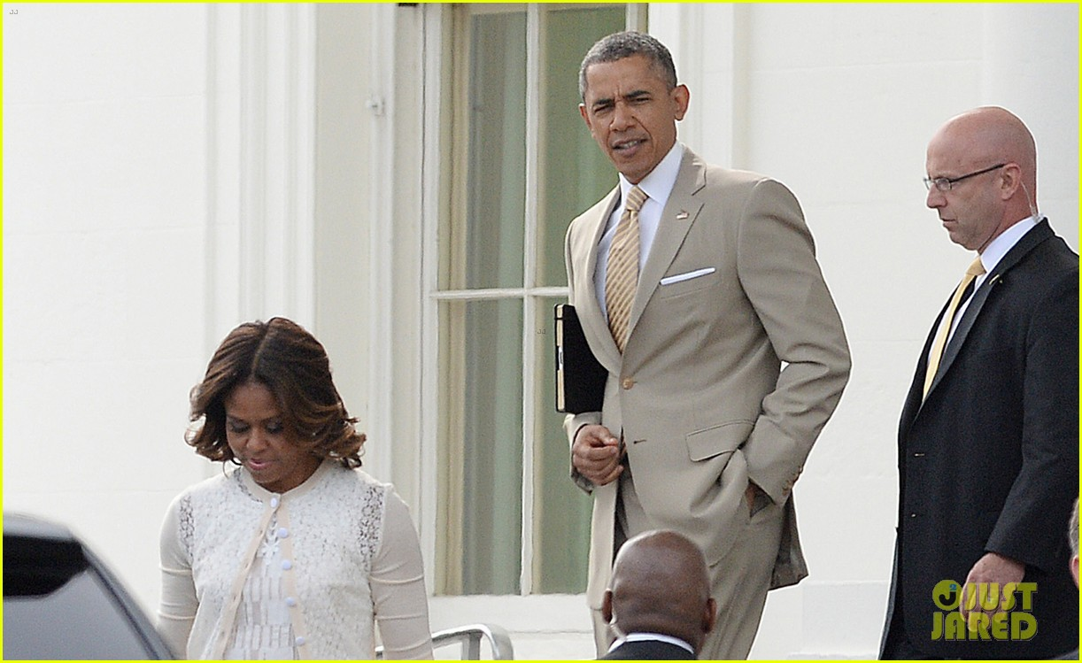 barack michelle obama easter sunday service 053096052