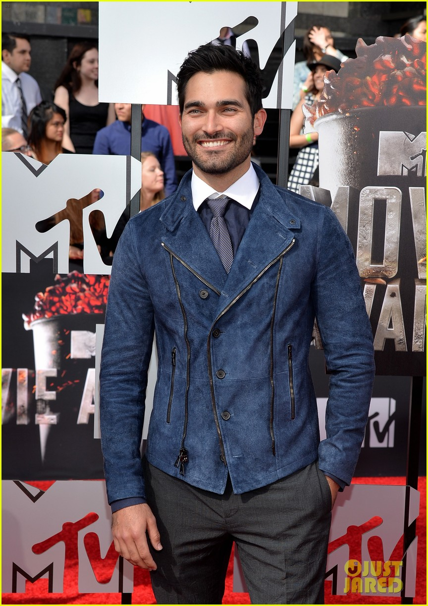 dylan obrien tyler hoechlin mtv movie awards 2014 113091128