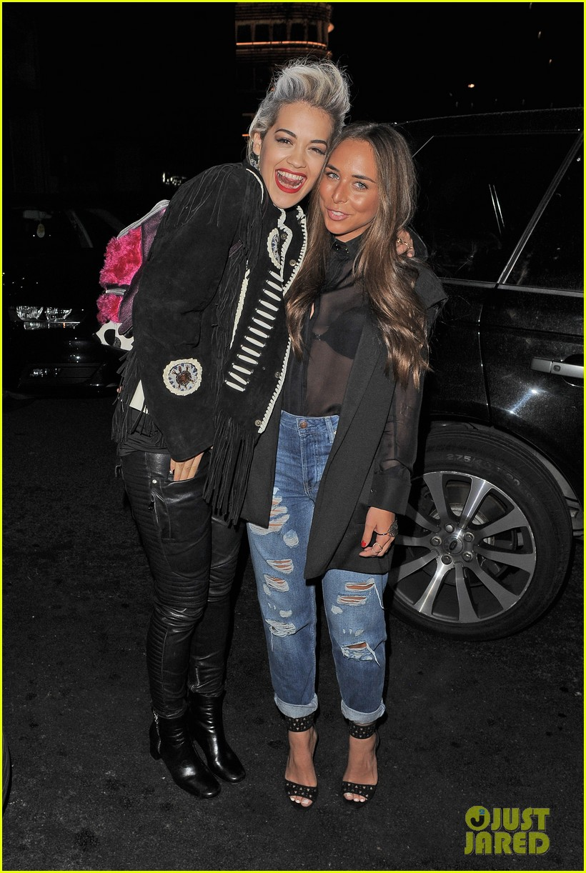rita ora dines with chloe green at novikov in london 12
