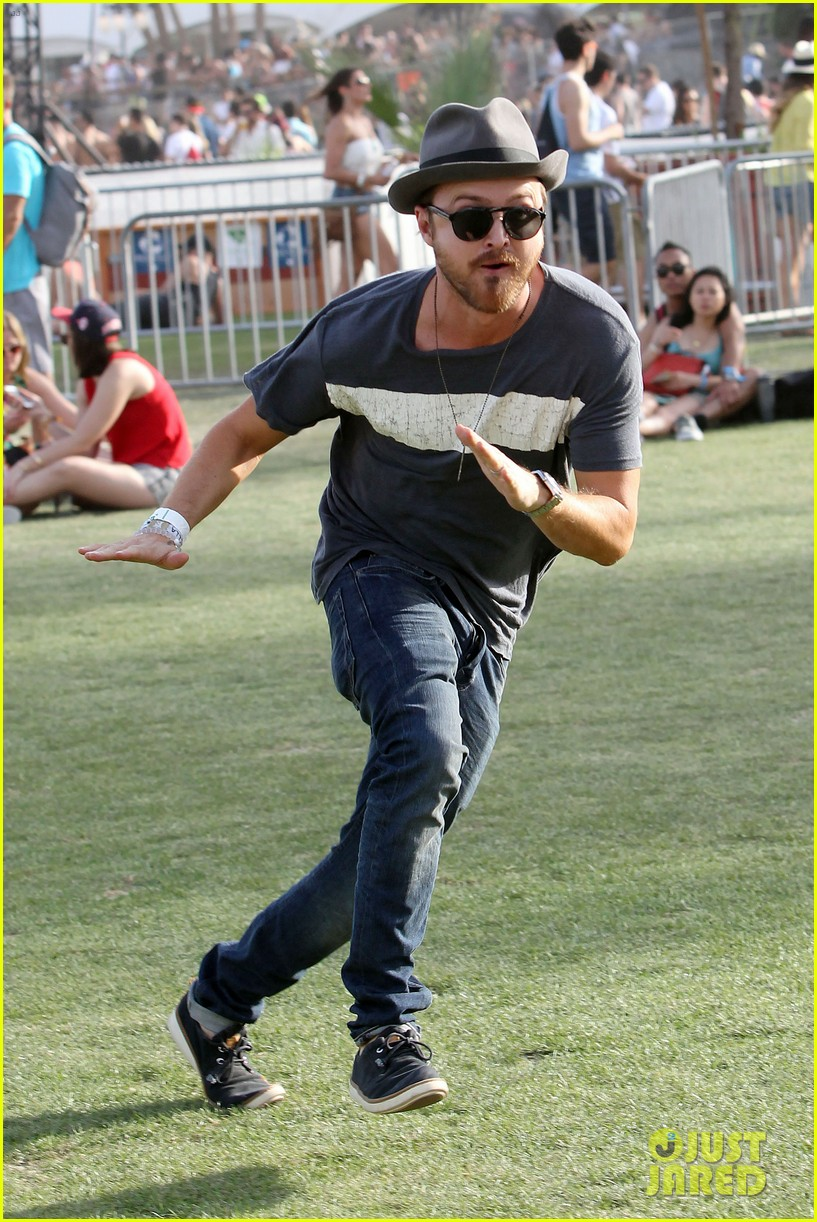 aaron paul wife wears retro bikini at coachella 12