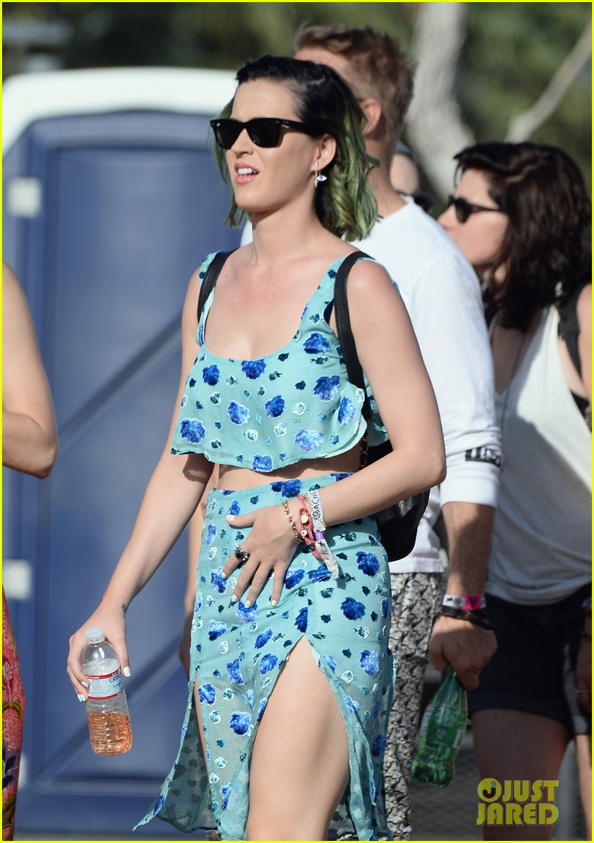 katy perry blood orange coachella music festival 043091704