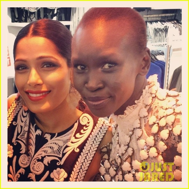 freida pinto cant believe she met alex wek 05