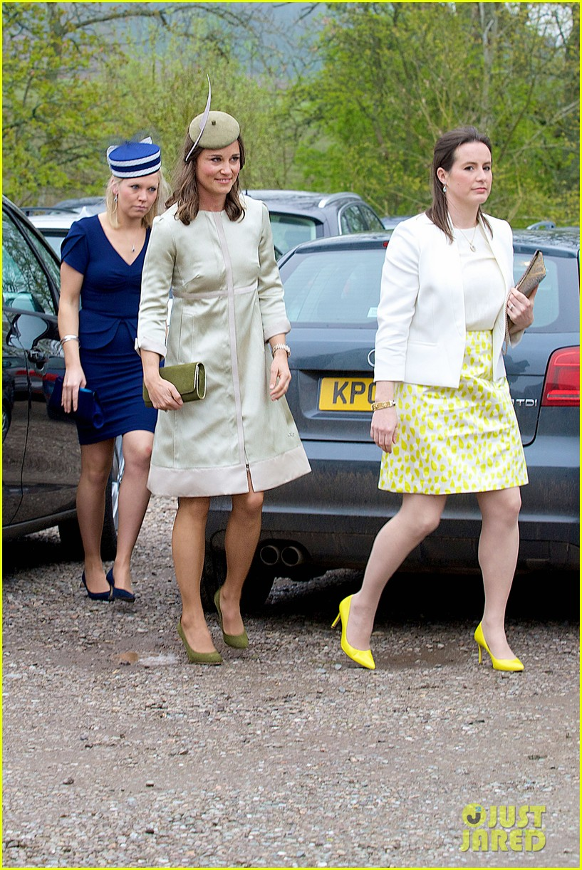 pippa middleton goes green for her friends wedding 24
