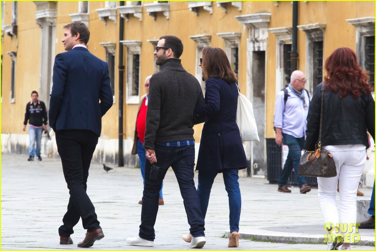 natalie portman benjamin millepied romantic vacation venice 07