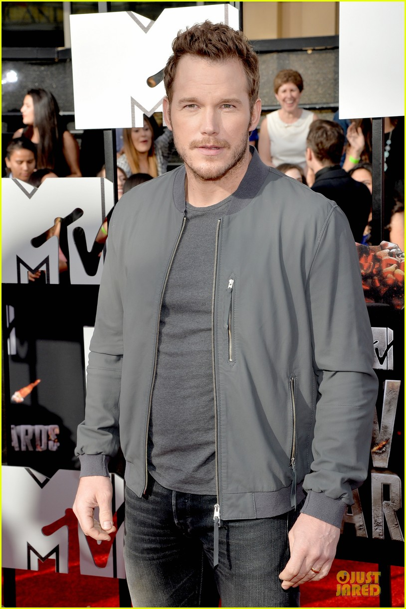 chris pratt cool stud mtv movie awards 02