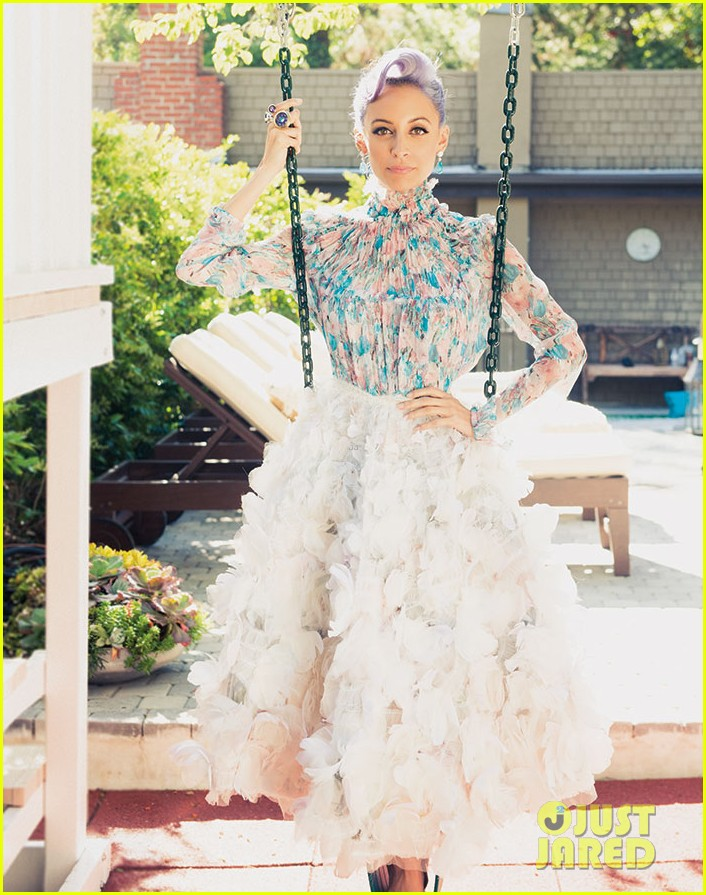 nicole richie is all about color for paper magazine exclusive pic 03