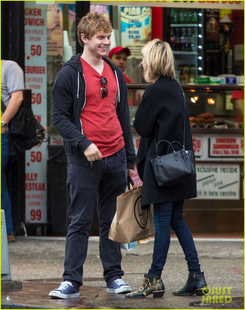 emma roberts evan peters look so in love in new york city 13