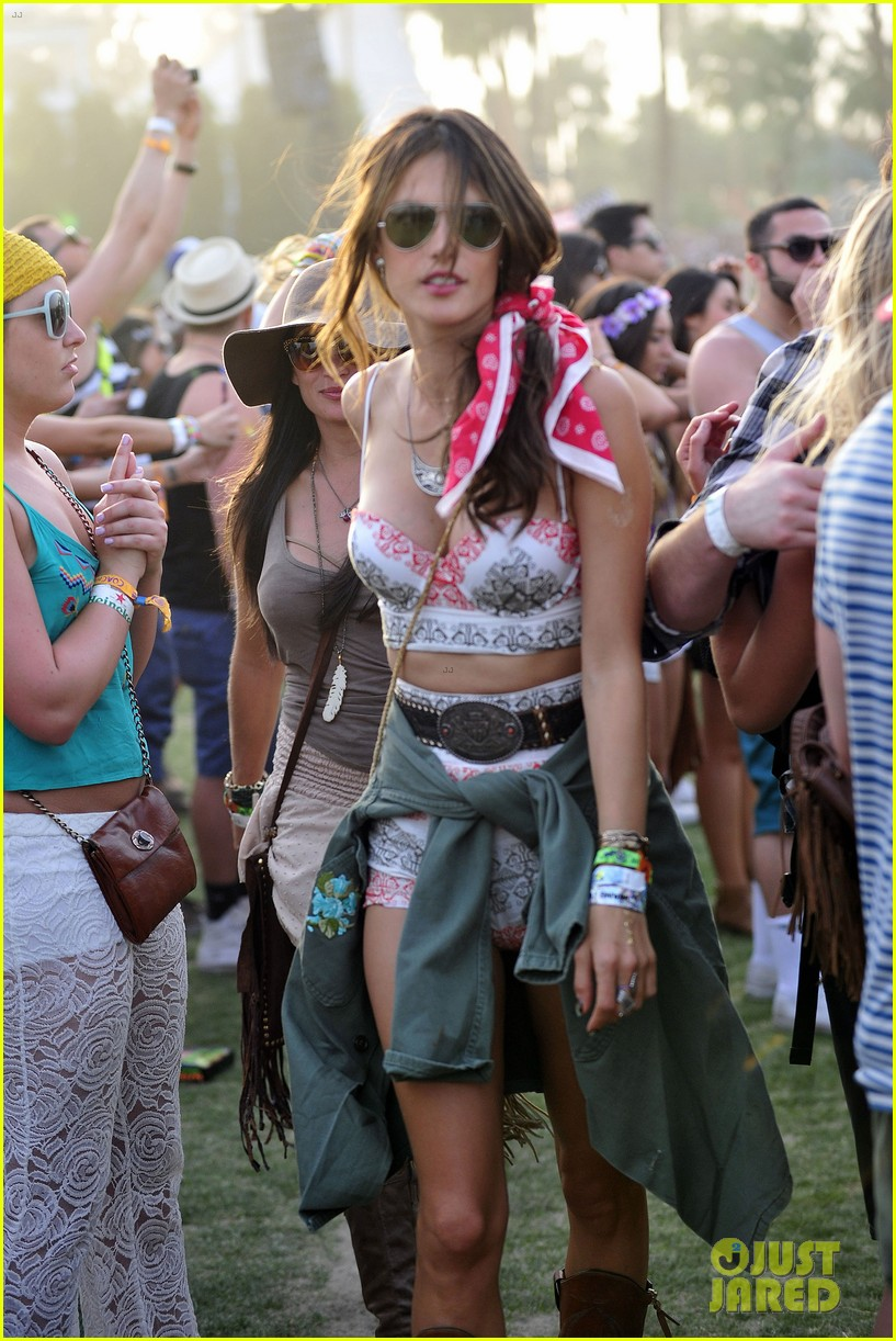 rosie huntington whiteley alessandra ambrosio bring beauty coachella 143090763
