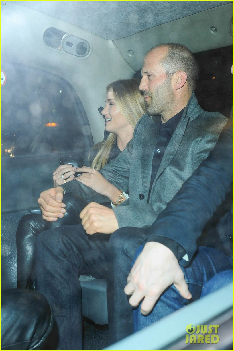 rosie huntington whiteley jason statham london backseat smooches 18