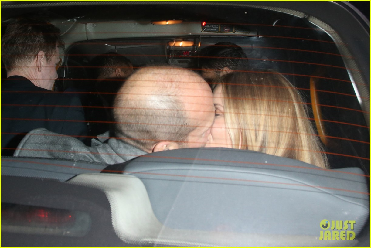 rosie huntington whiteley jason statham london backseat smooches 21