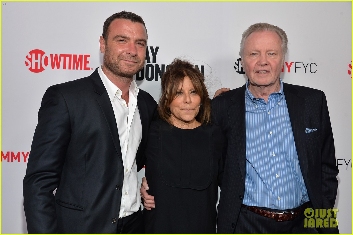 liev schreiber reunites with ray donovan cast at exclusive screening 063101493