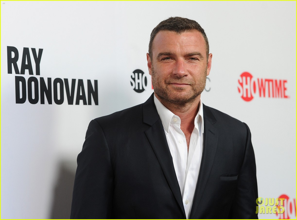 liev schreiber reunites with ray donovan cast at exclusive screening 213101508