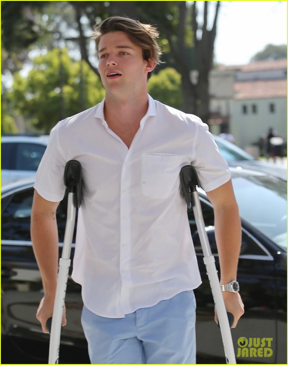patrick schwarzenegger crutches easter sunday 043096340
