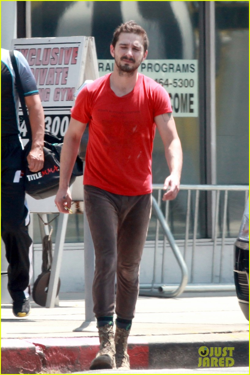 shia labeouf wears one of his favorite outfits for gym workout 033097431