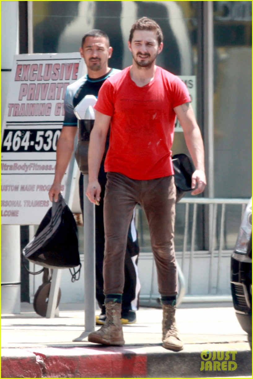 shia labeouf wears one of his favorite outfits for gym workout 11