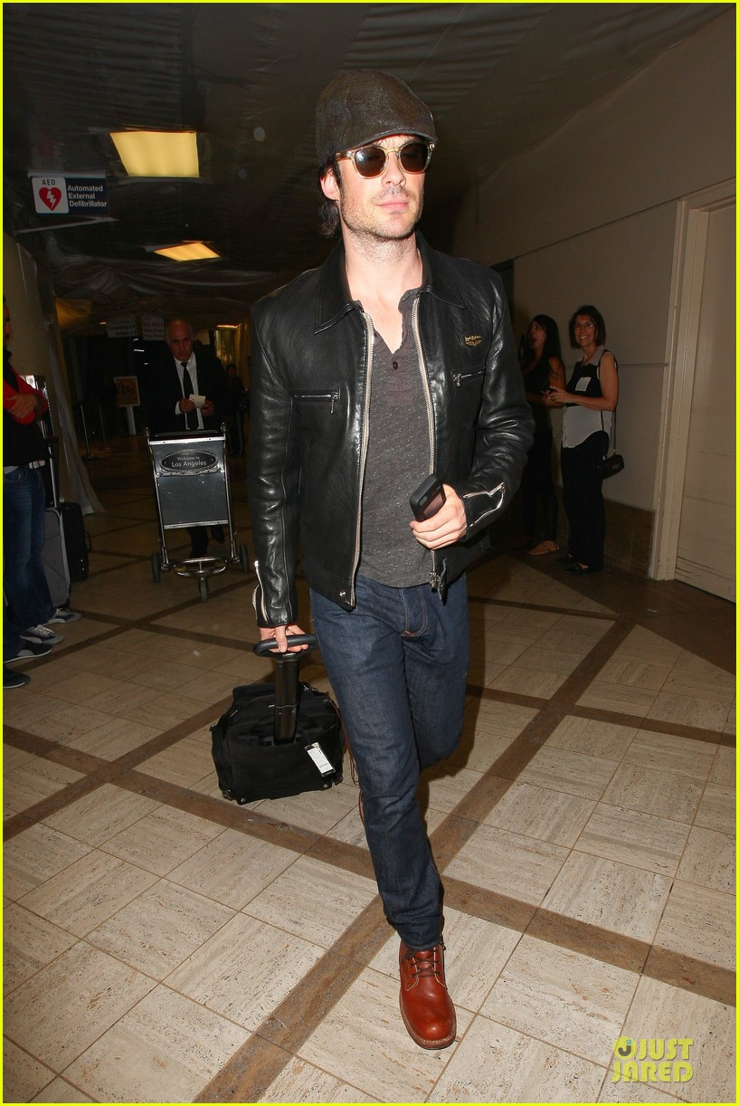 ian somerhalder smoldering hot at cap sunglasses 11
