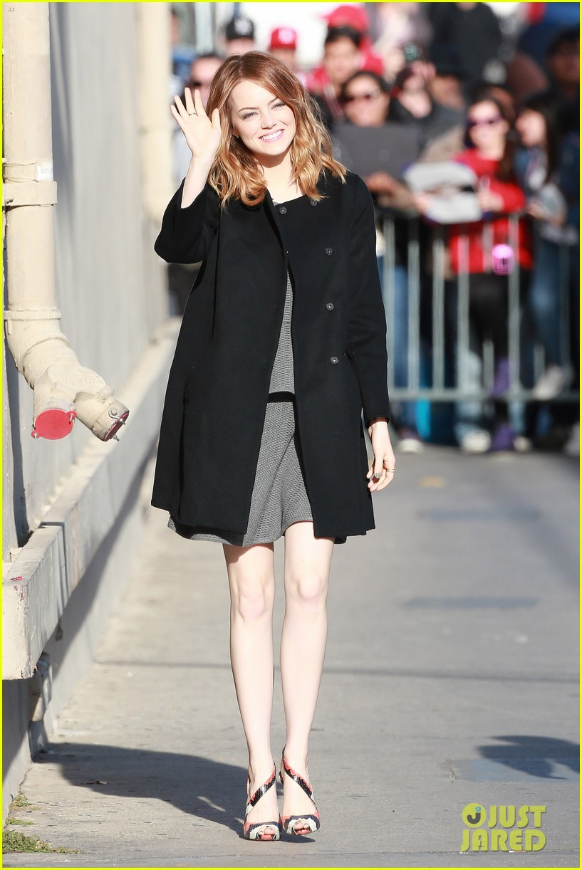 emma stone hair crazy wind gust 01