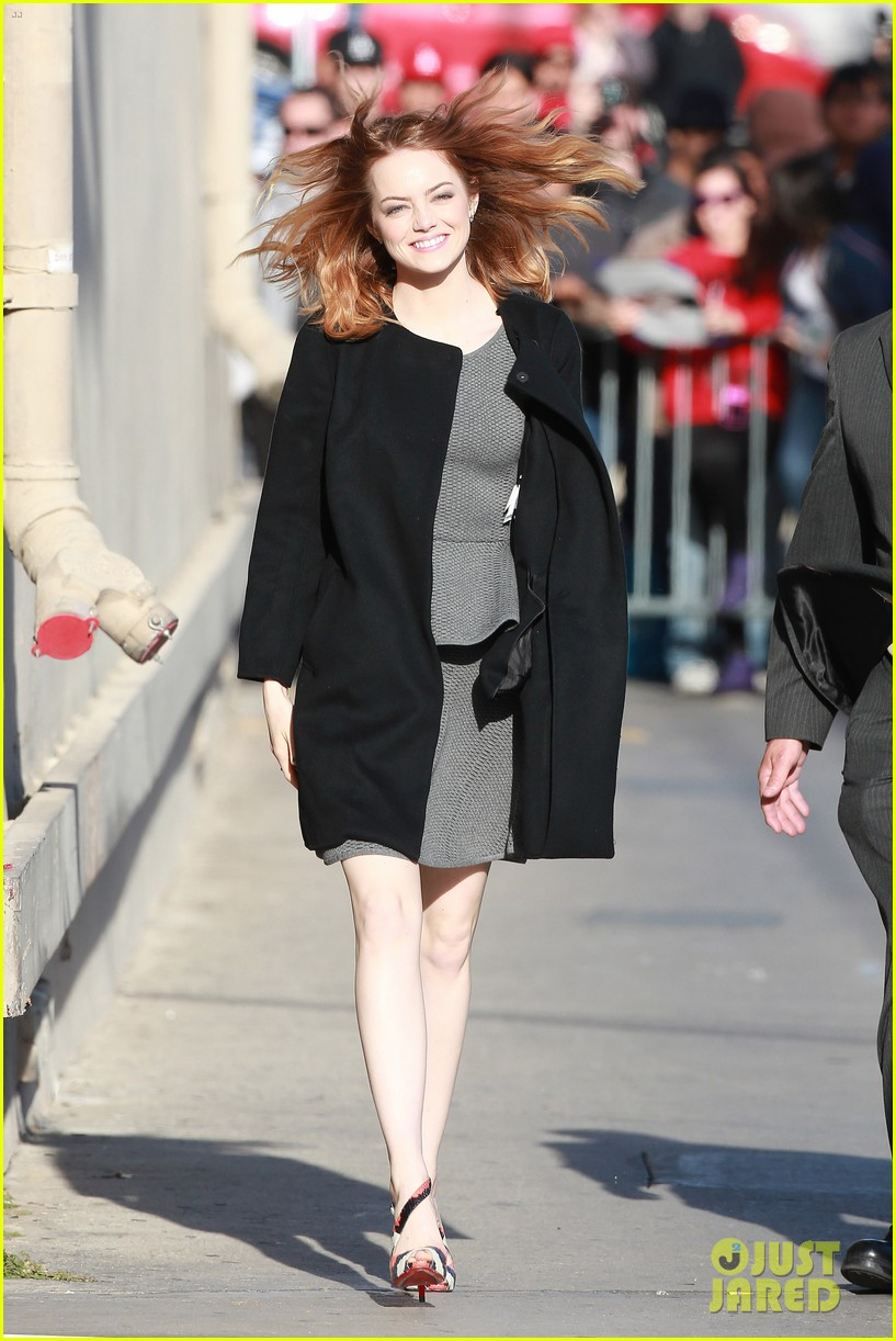 emma stone hair crazy wind gust 073084155