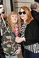 emma stone meets spoty spice freaks out 05