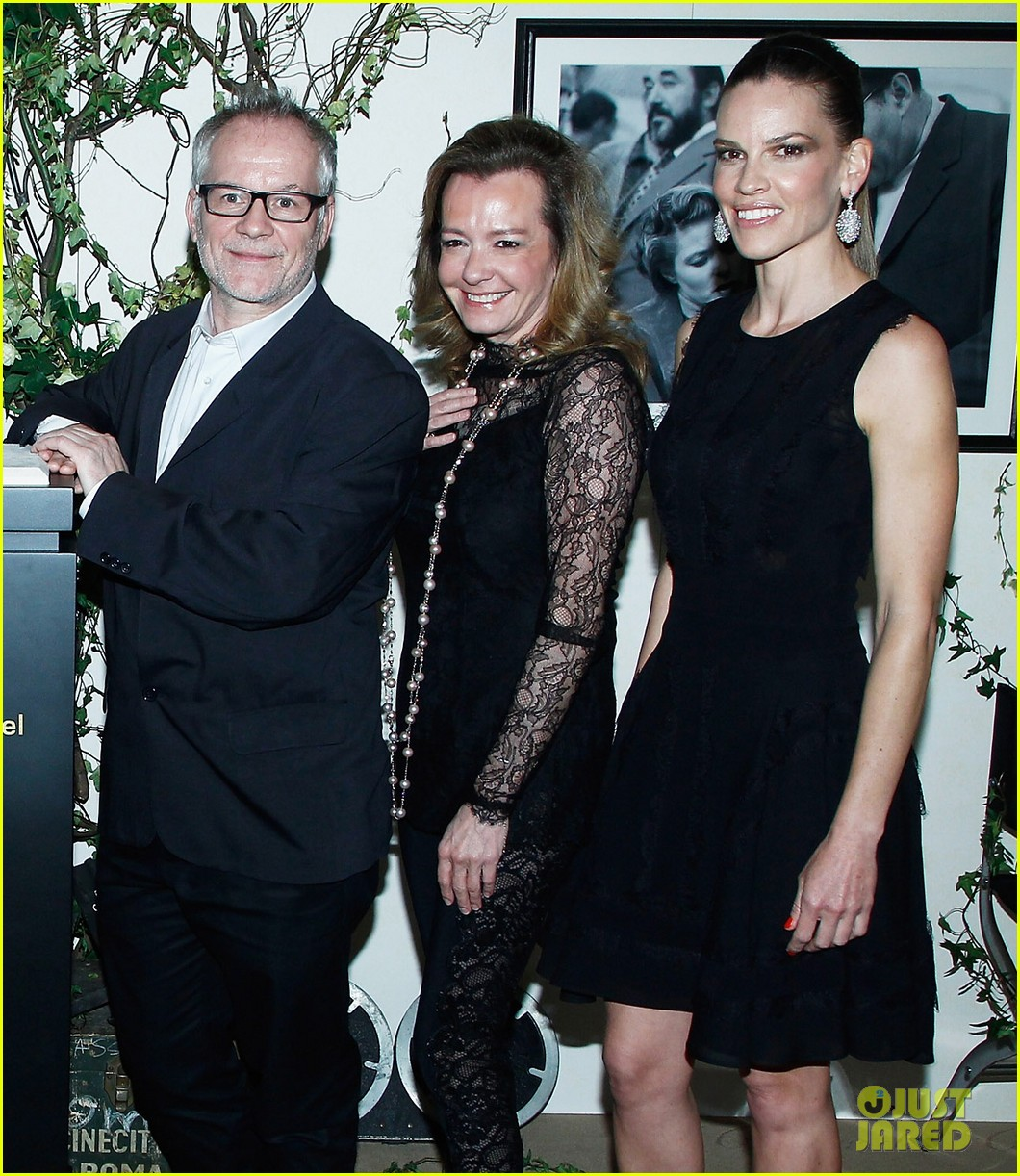 hilary swank joins berenice bejo at the chopard cocktail party 10