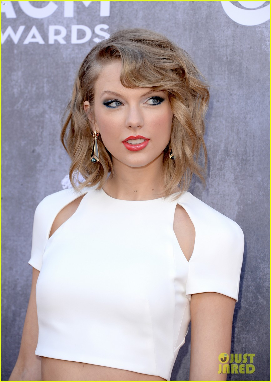 taylor swift acm awards 2014 red carpet 15