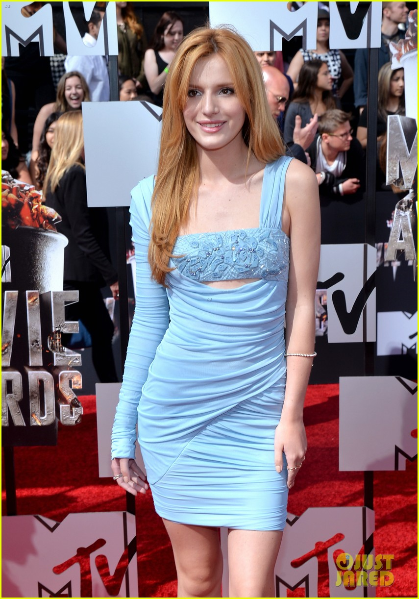bella thorne zendaya mtv movie awards 2014 12
