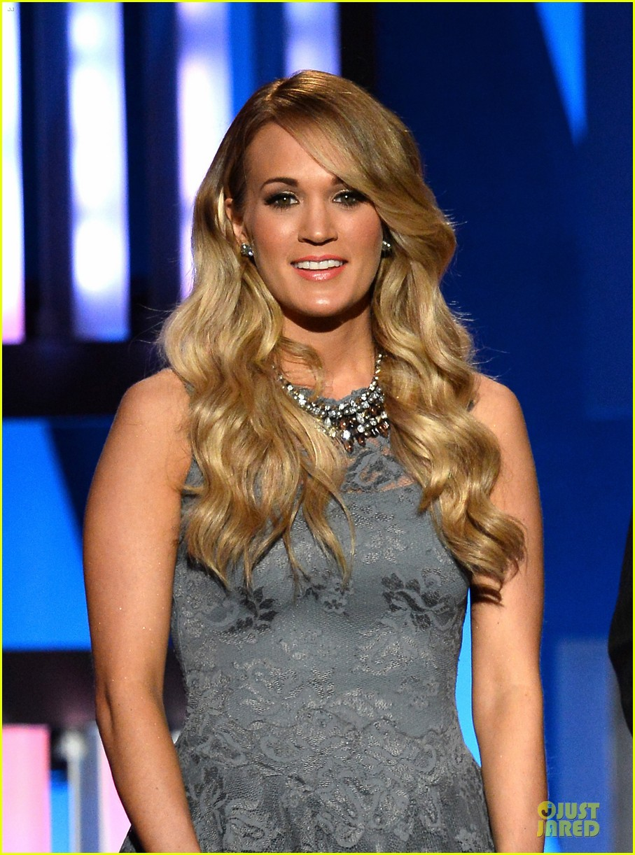 carrie underwood salute the troops 043086769