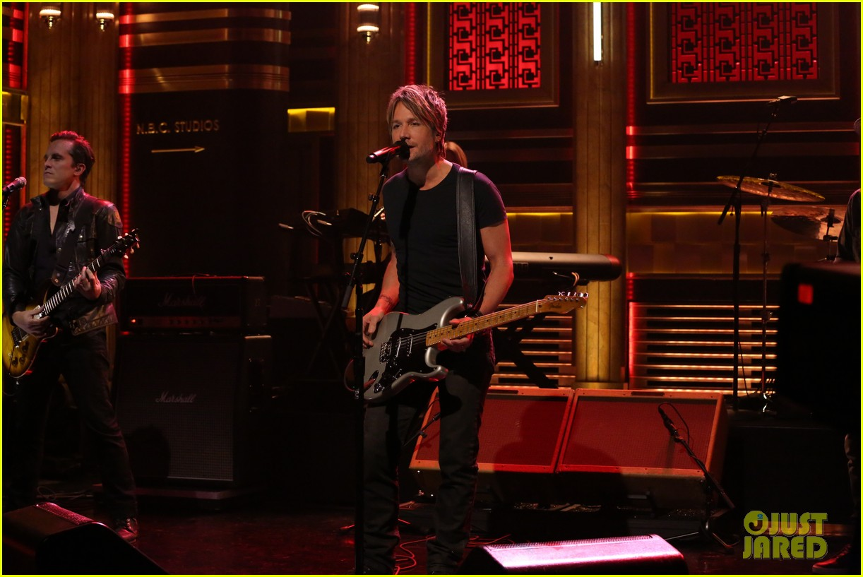 keith urban shares awesome blast from the past 033102112