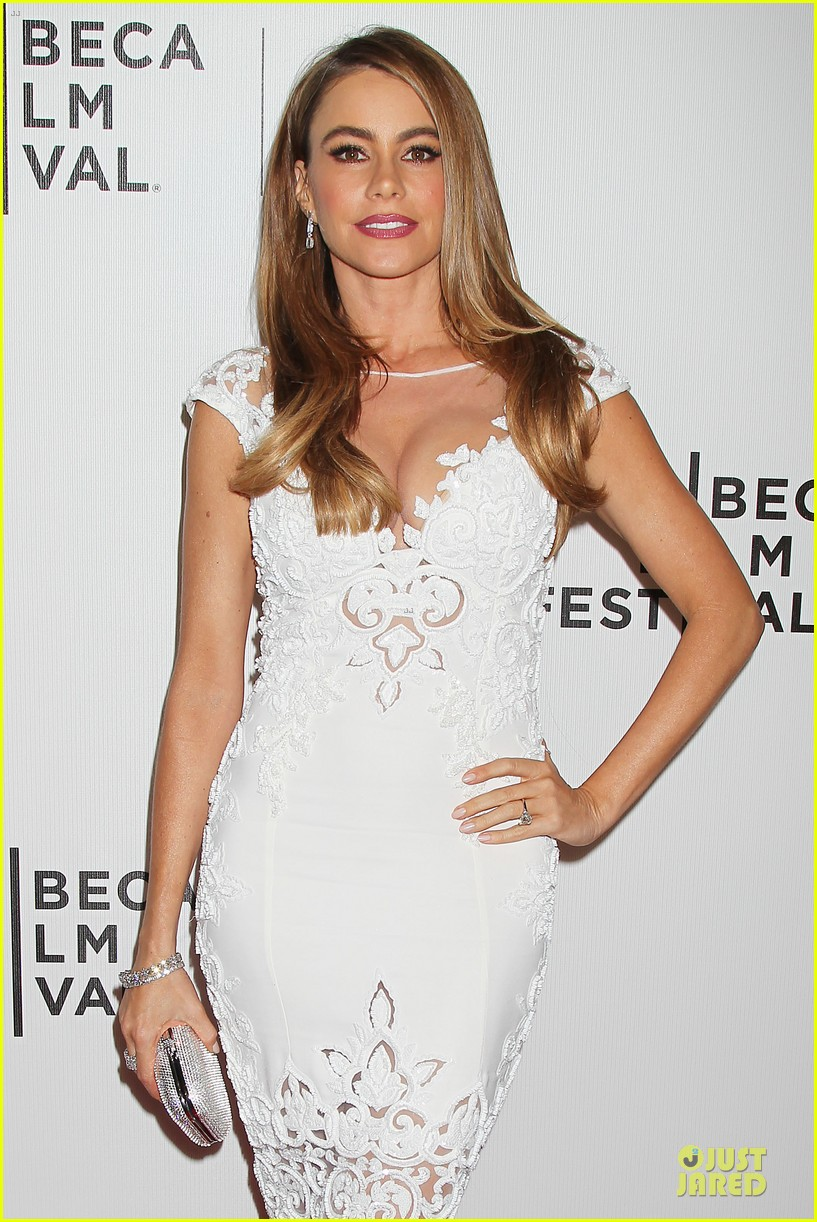 sofia vergara jon favreau premiere chef at tribeca 10