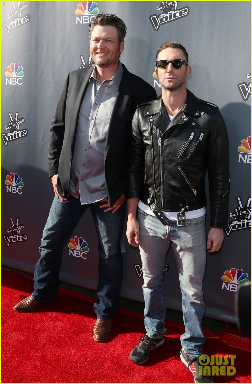 the voice judges walk red carpet season 5 event 09