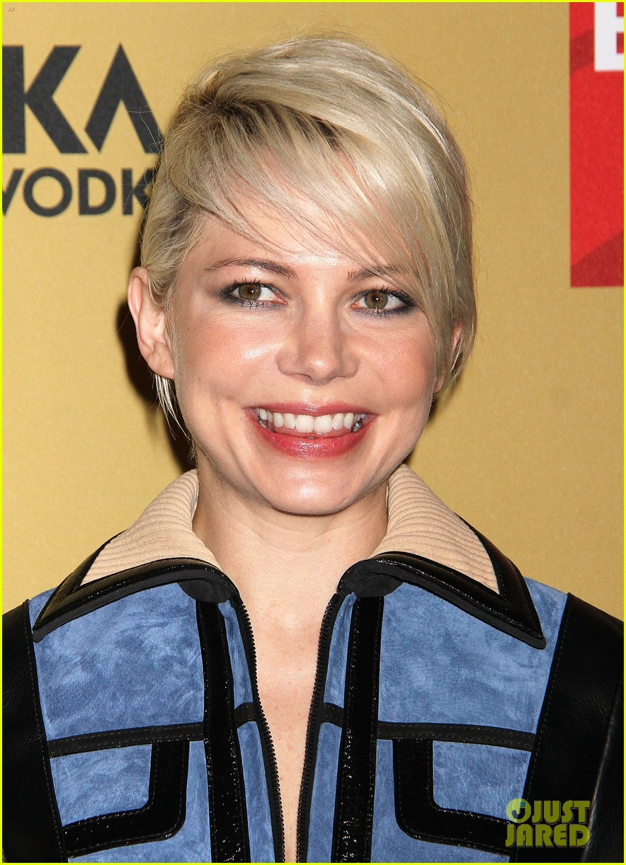 michelle williams gets raves for broadway debut in cabaret 01