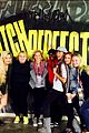 rebel wilson elizabeth banks start rehearsals for pitch perfect 2 03