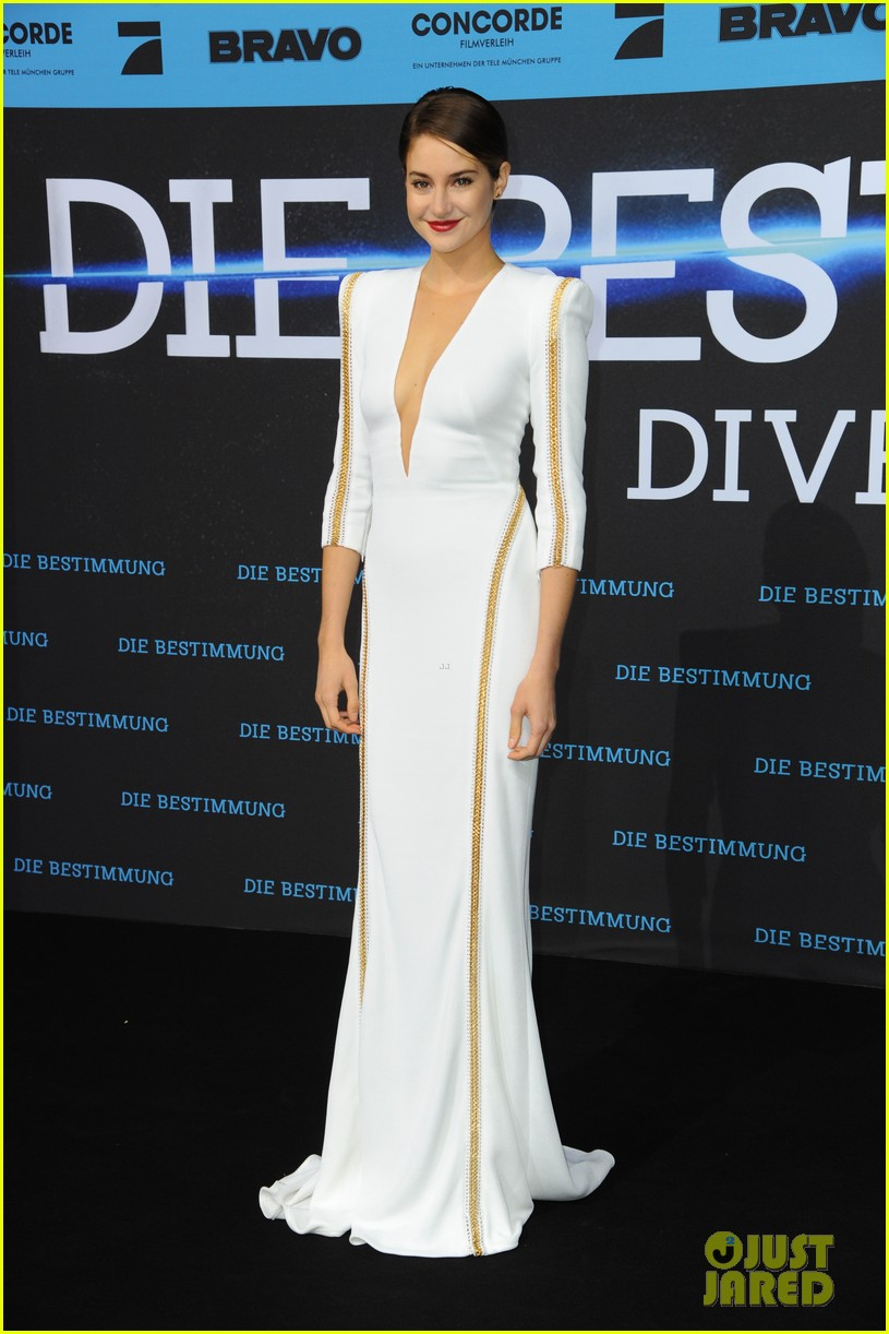 shailene woodley theo james bring divergent to germany 08