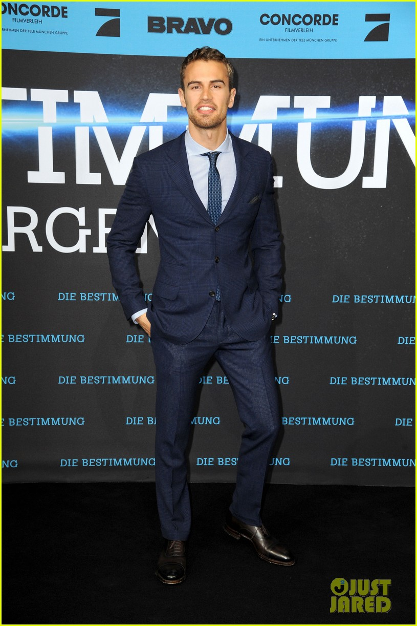shailene woodley theo james bring divergent to germany 33