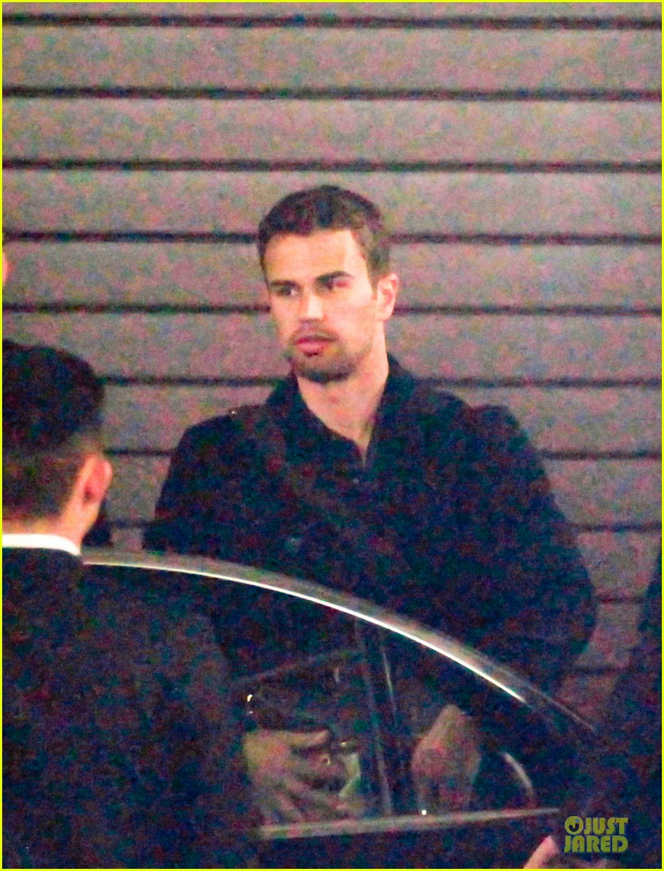 shailene woodley theo james hotel exit at night 04