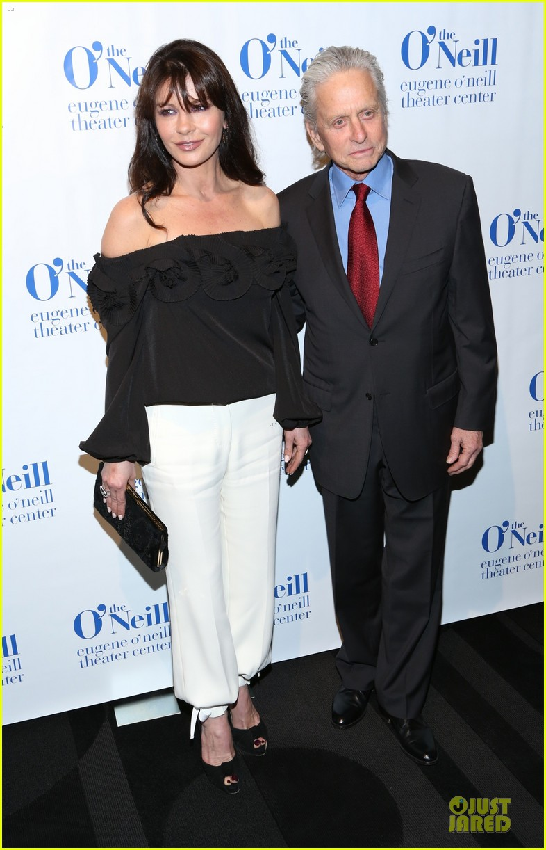 catherine zeta jones michael douglas monte cristo award 11
