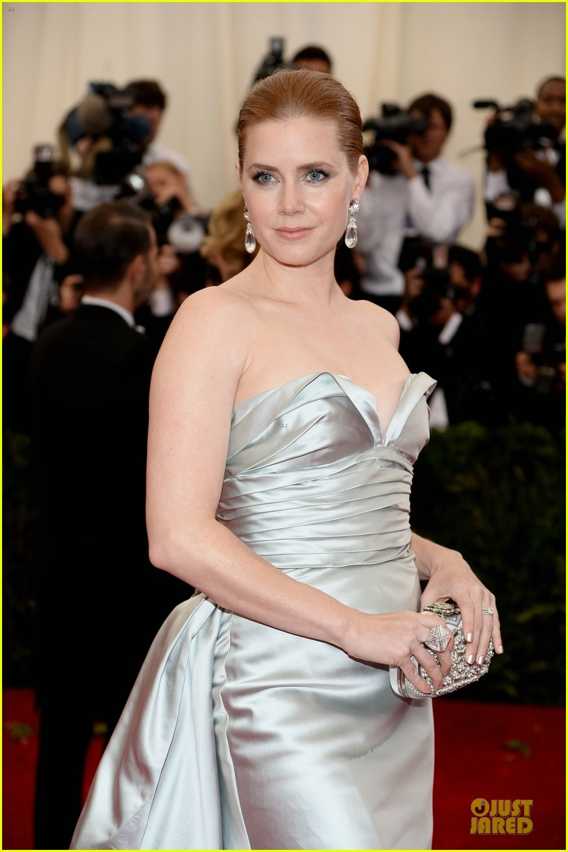 amy adams eyecatching met ball 2014 023106119