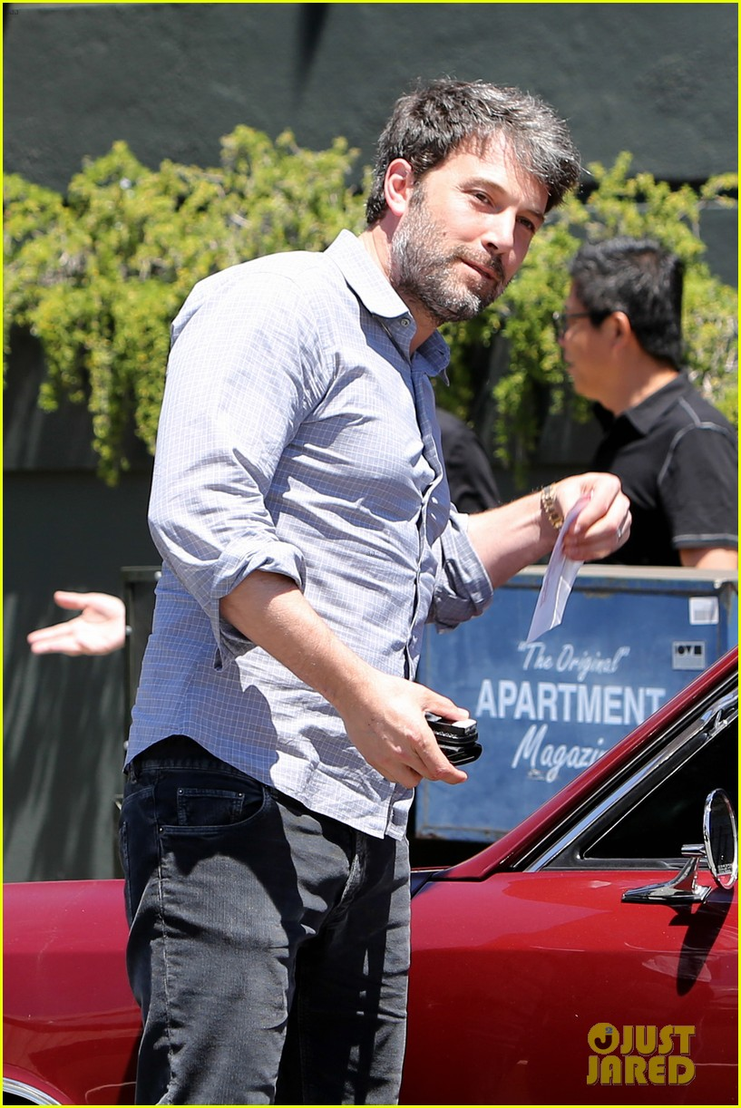 ben affleck reportedly banned from casino for counting cards 063104310