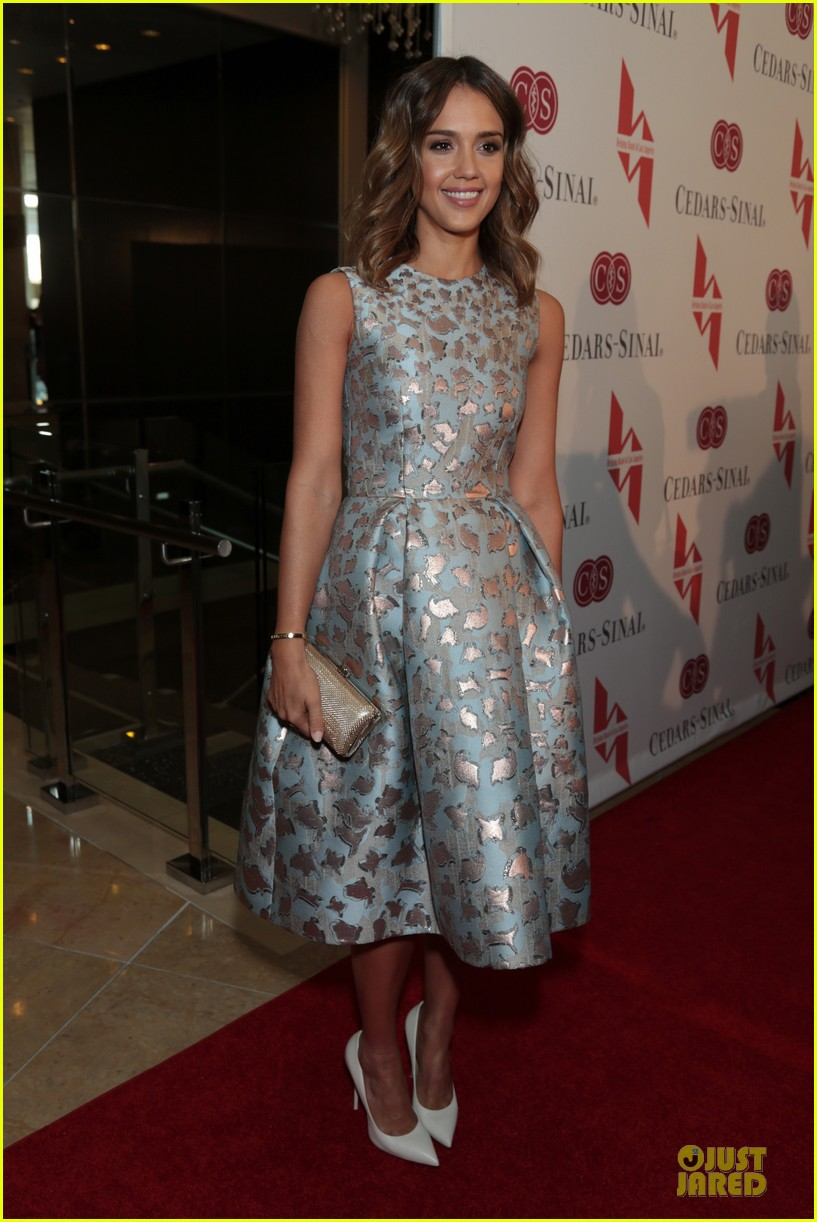 jessica alba mother of the year at luncheon 073109732