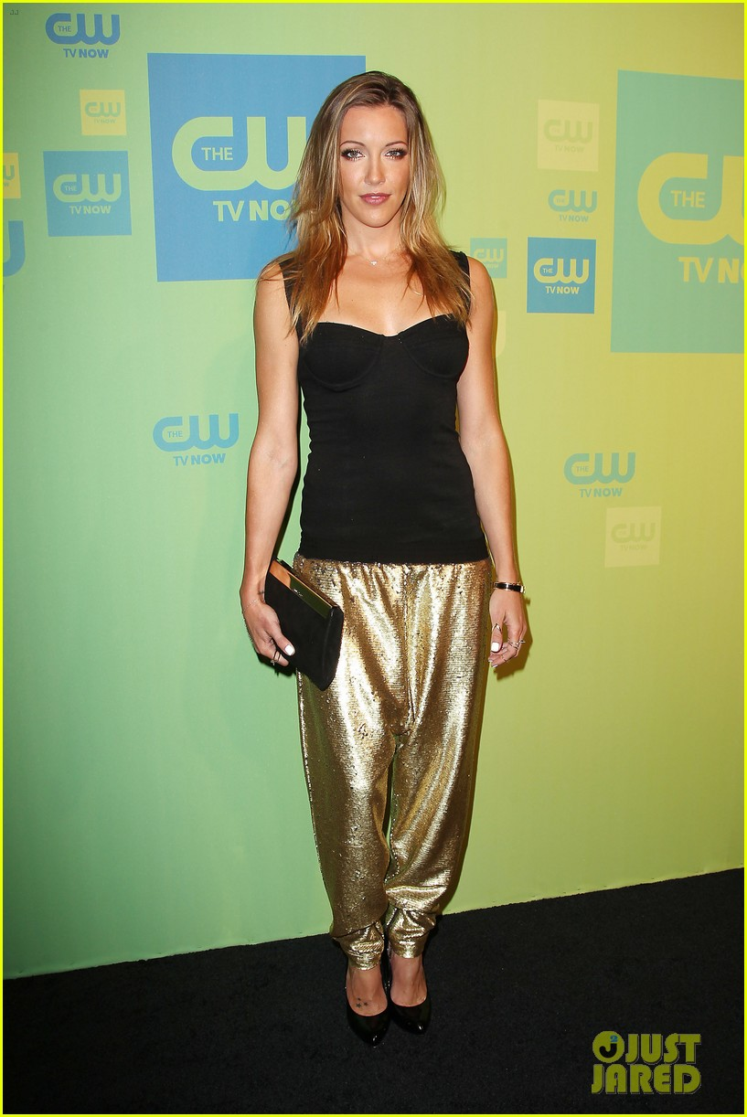 stephen amell katie cassidy arrow cw upfronts 2014 123114264