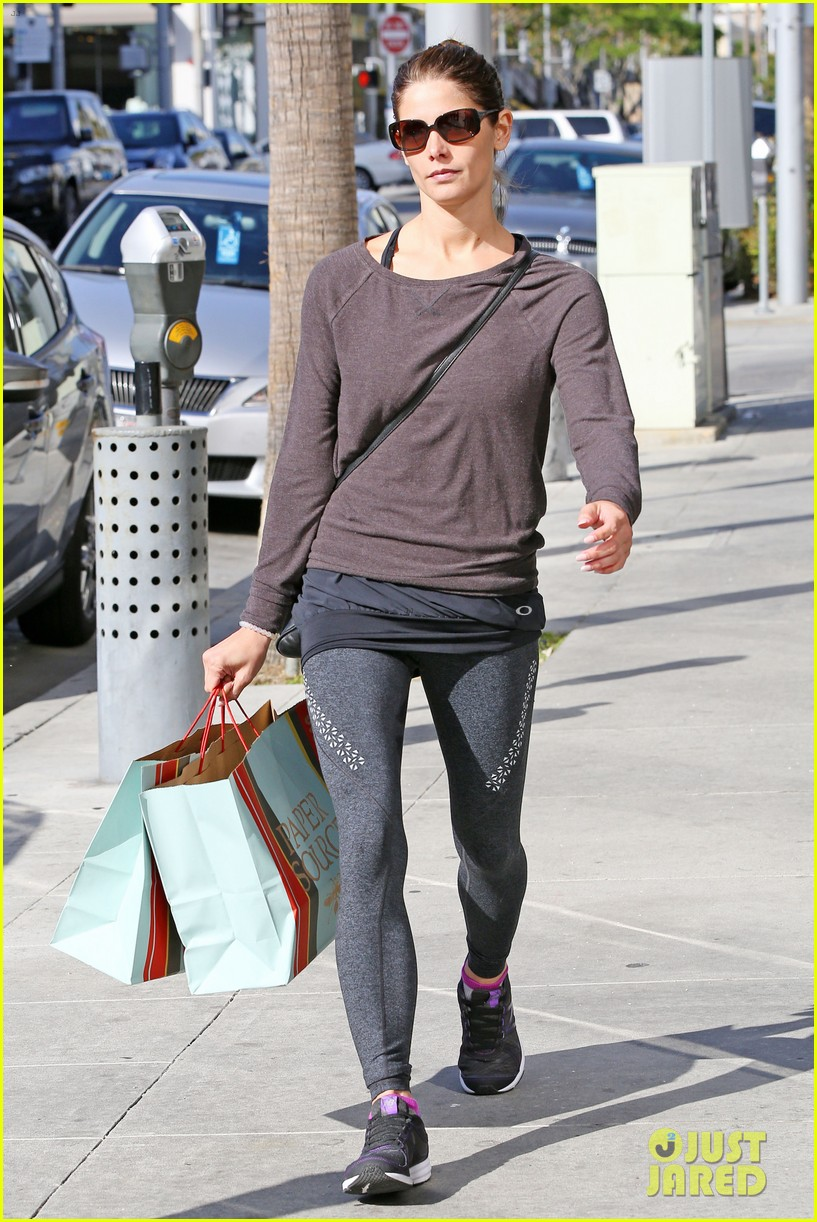 ashley greene paper source mothers day 01